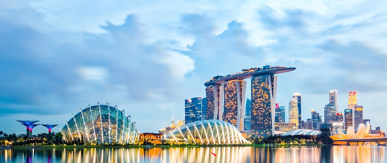 """cultural environment of singapore Singapore is celebrated as a diverse society welcoming towards newcomers,   the ethnic and cultural diversity that foreigners and immigrants bring with them   says: """"the international and open environment in singapore."""